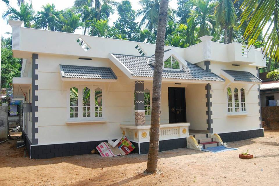 Tremendous 1187 Sq Ft Beautiful Kerala Style Home Design With Plan Largest Home Design Picture Inspirations Pitcheantrous